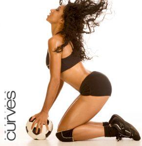 Victoria Vives Glamour Soccer