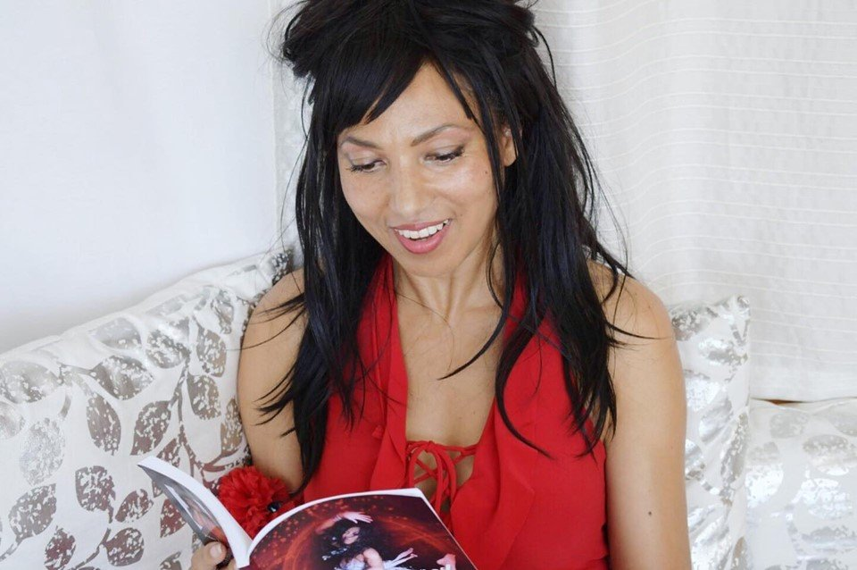 Victoria Vives Reading a Book