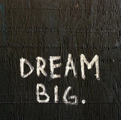 Victoria Vives Dream Big!