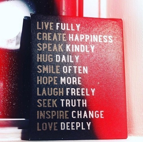 Victoria Vives Live Fully!!!