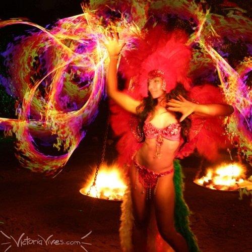 Victoria Vives - Rainbow Fire Flow Arts