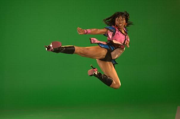 Victoria Vives Martial Arts - Side Kick1