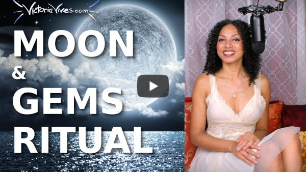 CRYSTALS MOON RITUAL for Women's Empowerment | DIVINE FEMININE
